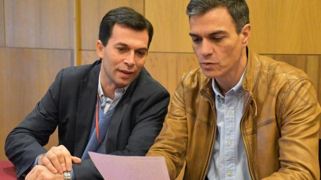 Gonzalo Caballero y Pedro Sánchez, en una foto de archivo.