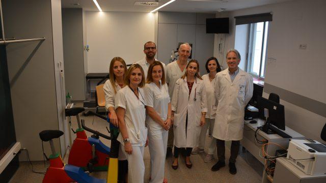 El equipo del programa de rehabilitación cardíaca infantil del CHUAC