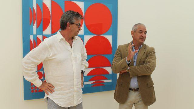 El artista José Antonio Miguez y Adolfo Wilson
