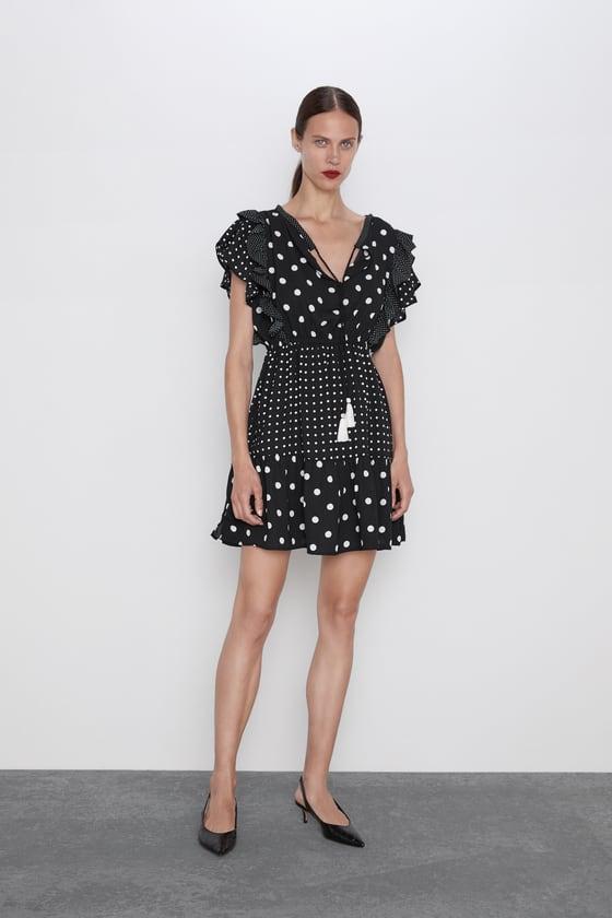 encontrar mano de obra fábrica auténtica gama exclusiva Los vestidos de lunares invaden Zara, pero solo uno tiene ...