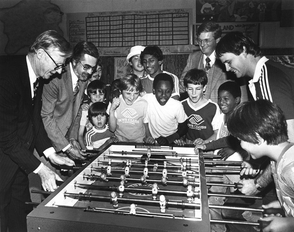 Alejandro Finisterre: la increíble vida del gallego que inventó el futbolín