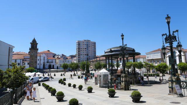 Centro de Betanzos, plaza García Hermanos.