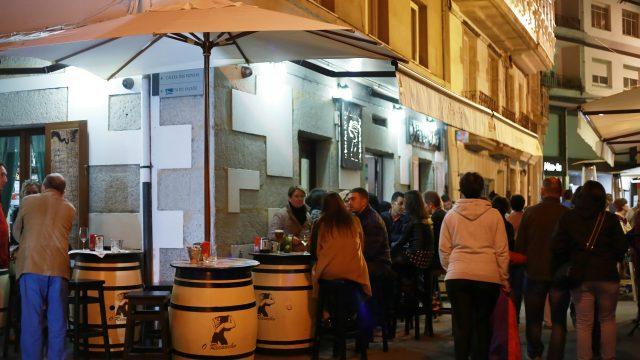 Calle de bares en Viveiro.
