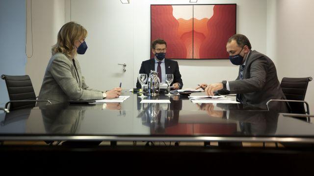 Una reunión del comité clínico.