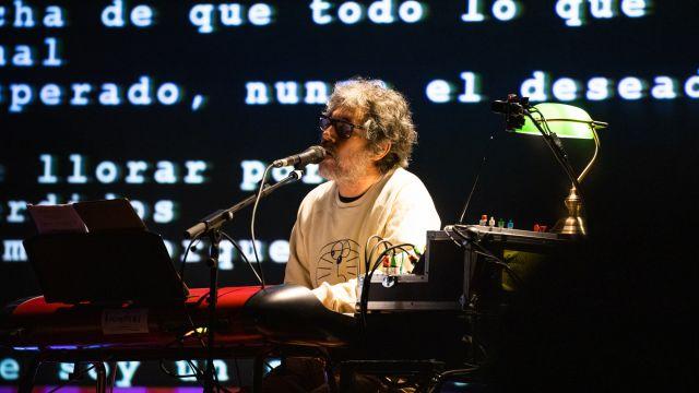 Iván Ferreiro durante un concierto en el Palau de la Música de Barcelona