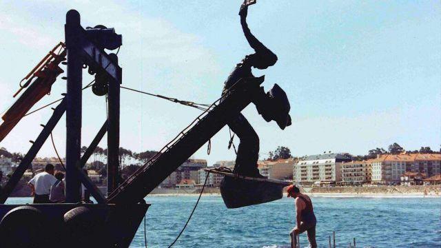 Colcación de la Madama de Silgar en 1995.