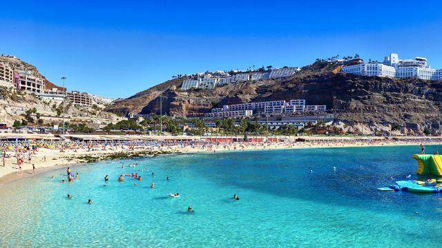 Playa de la Bahía de Amadores en Gran Canaria