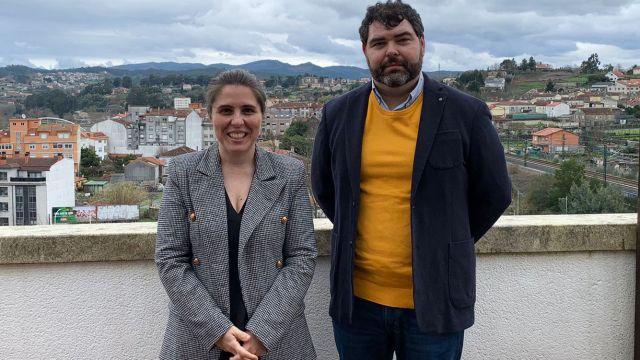 La investigadora de la UDC, Teresa Piñeiro, y su homólogo de la UVigo, Xabier Martínez Rolán