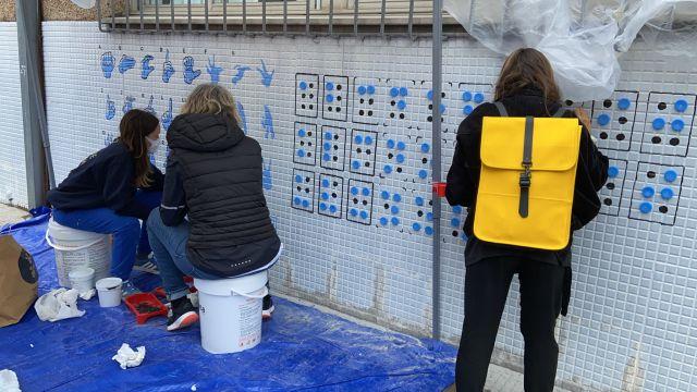 Nuevo mural en el CEIP Sagrada Familia.