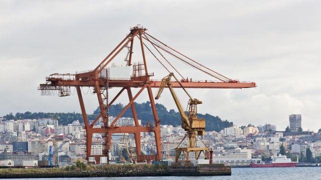 Grúas en el puerto de Vigo