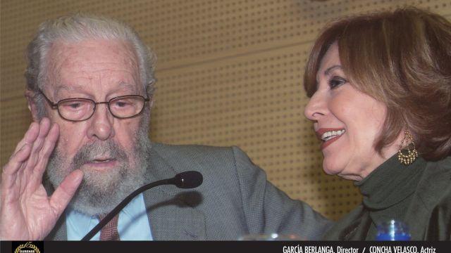 Berlanga y Concha Velasco en la 10ª edición del Festival Internacional de Cine de Ourense.
