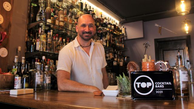 Miguel Arbe, de Bordello Opium & Tea Parlour.