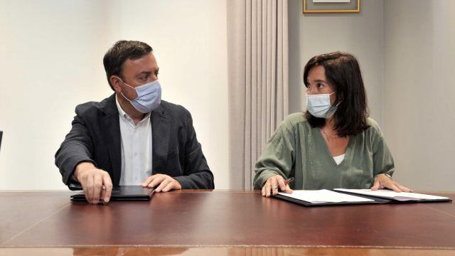 El presidente de la Deputación da Coruña, Valentín González Formoso, y la alcaldesa de la ciudad herculina, Inés Rey.