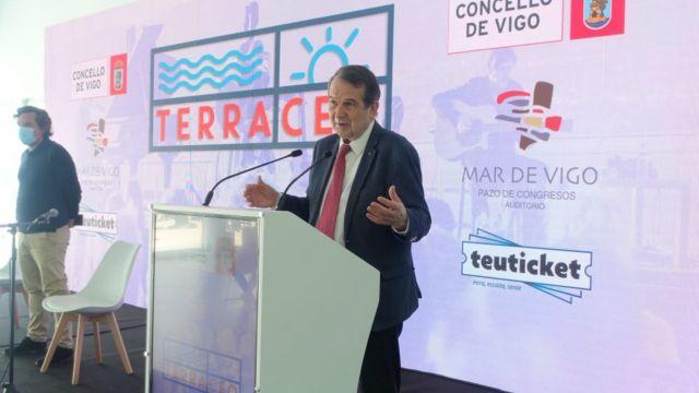El alcalde de Vigo en la presentación de los nuevos conciertos.