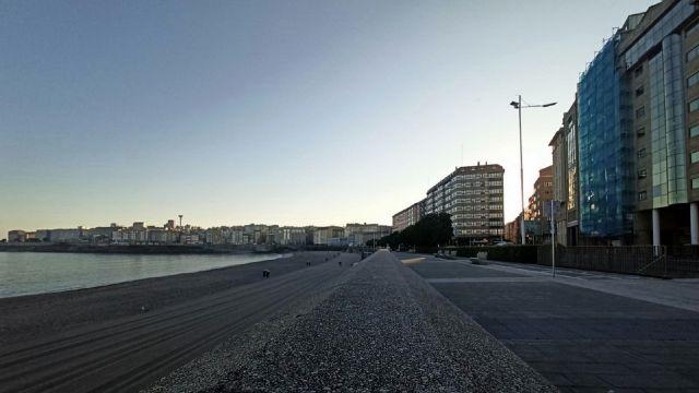 El amanecer en la ciudad de A Coruña en una foto de archivo.
