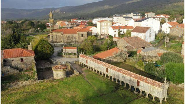 Hórreo de Carnota (A Coruña).