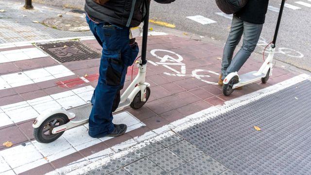 VMP por un carril bici.