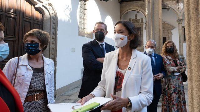 La ministra de Industria Reyes Maroto presenta en Galicia el Plan Nacional Xacobeo 21-22