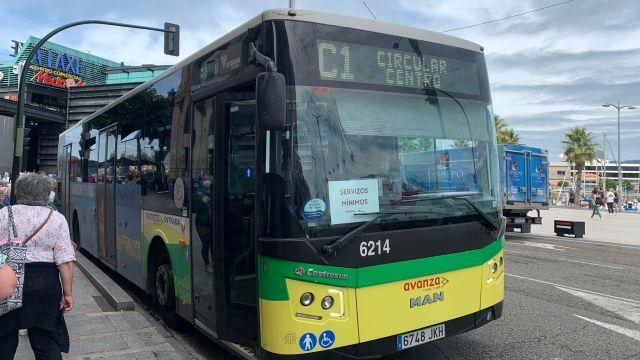 Autobús de Vitrasa durante la huelga