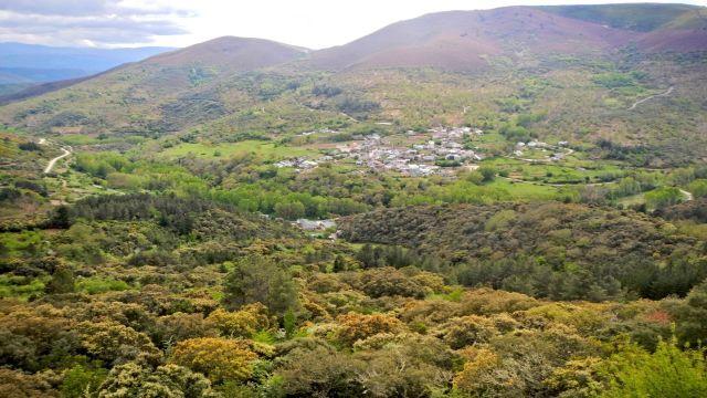 Serra Enciña de Lastra