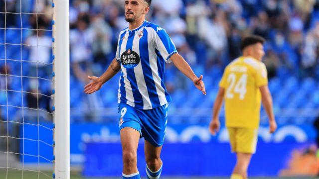 Imagen de la celebración del gol de Alberto Quiles