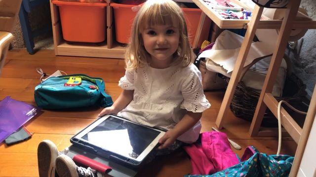 La pequeña Moraima ha sido el enfado más tierno de Siri (Foto: Facebook de Alexandra Fisteus)