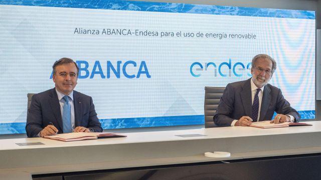 Firma de un convenio entre Endesa y Abanca