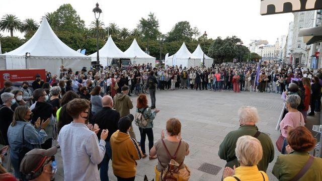 Concentración en repulsa al crimen machista registrado en A Coruña