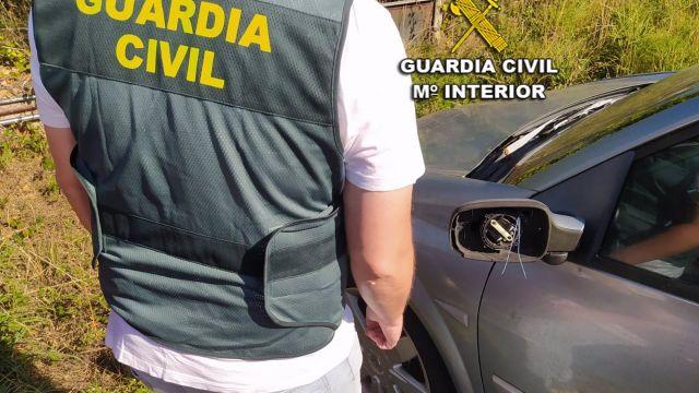 Daños ocasionados a un vehículo por el que han sido investigados tres menores de Nigrán (Pontevedra)