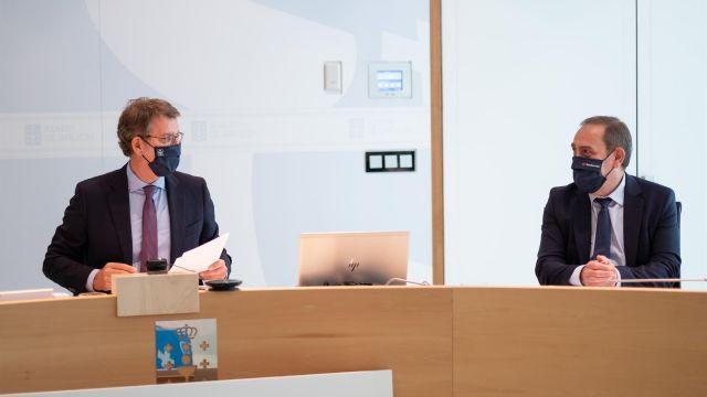 Feijóo y Valeriano Martínez en el Consello de la Xunta en una imagen de archivo.