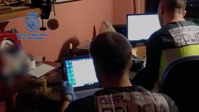 Operación contra la distribución de material pedófilo en redes sociales.