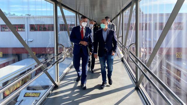 El delegado de la Zona Franca visitó el grupo gallego Gadisa.