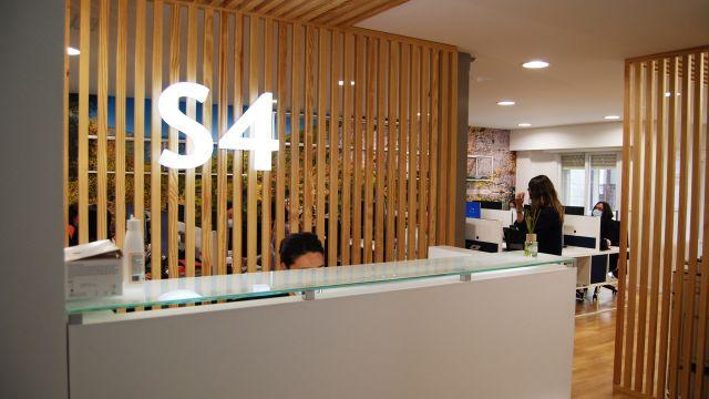 Oficina de la compañía de seguros S4.