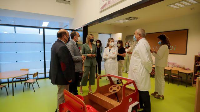 Durante el acto simbólico de apertura del curso estuvieron presentes el conselleiro de Sanidade, el jefe del área sanitaria de Vigo y la delegada territorial de la Xunta en Vigo